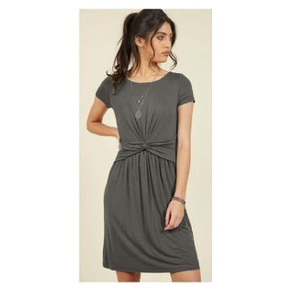 576f29d8d4 ModCloth Fervour gray jersey knit Dress twist knot.  M_5b21f1434ab633888ab75f43